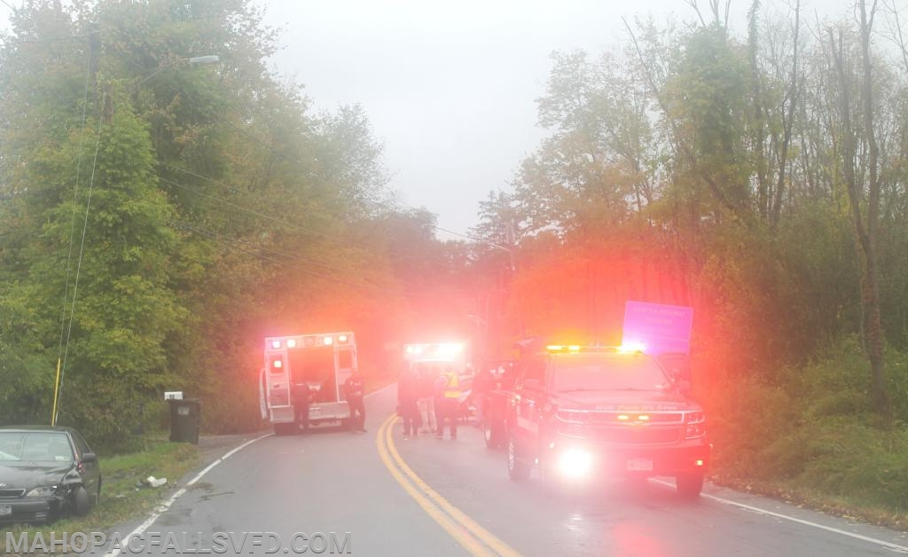 Mohegan VAC (L) & Mahopac Falls EMS (R) begin patient triage